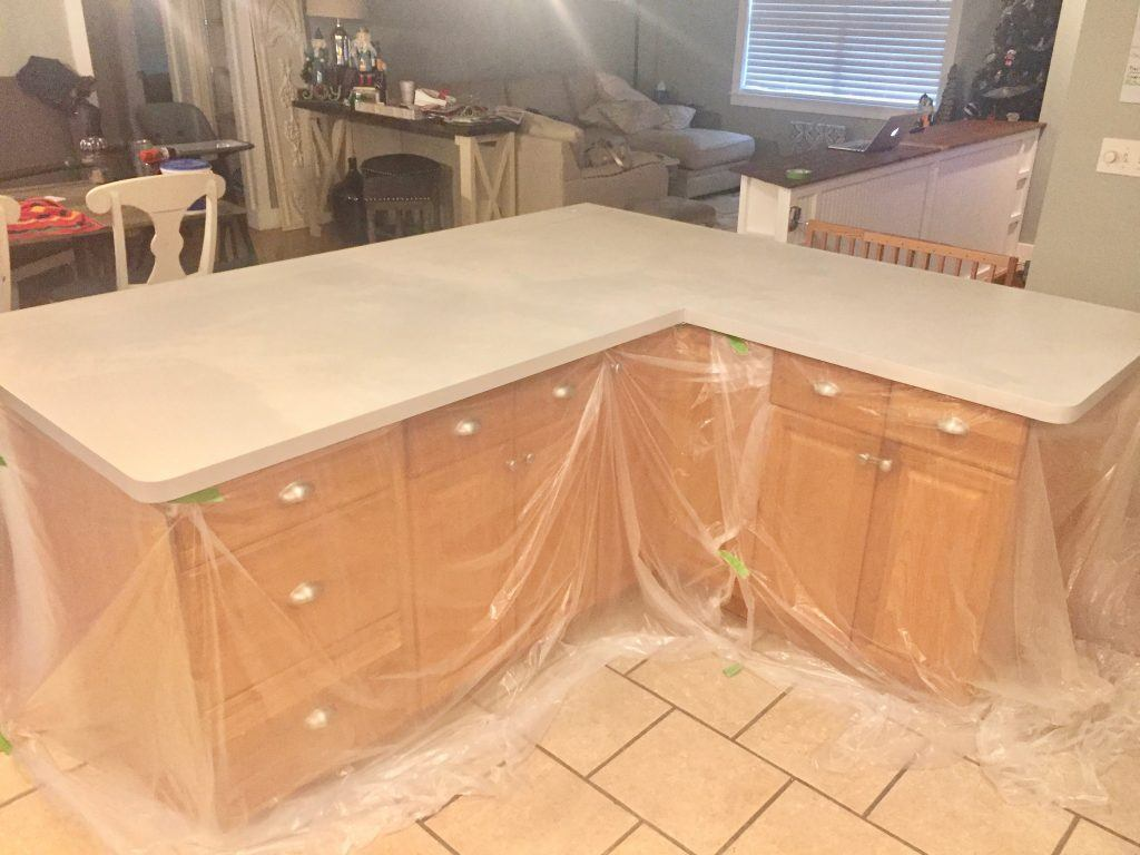 An Affordable Solution To Ugly Countertops | Frickin' Fab